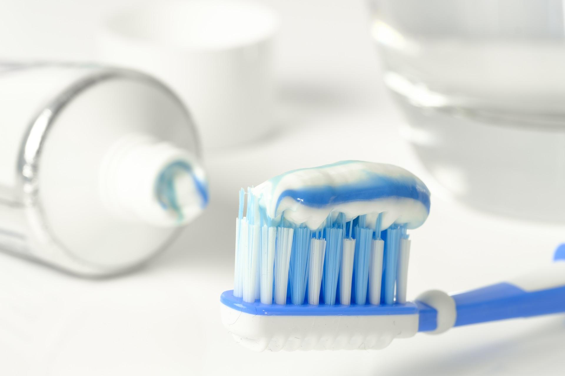 2 tipy na prírodnú zubnú pastu